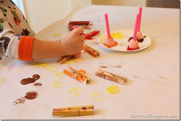 Thanksgiving, toddler, craft, fine motor, painting, turkey
