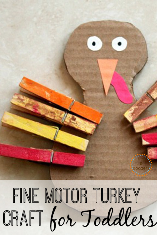 This fine motor turkey is an easy craft for toddlers.