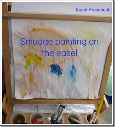Smudge-painting-on-the-easel-by-Teach-Preschool