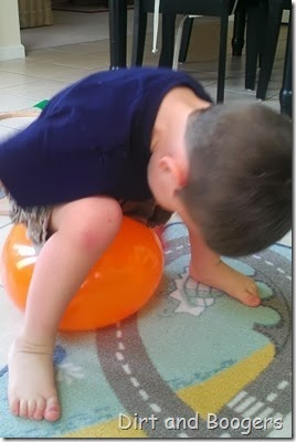 Popping balloons, playing with balloons, preschool play
