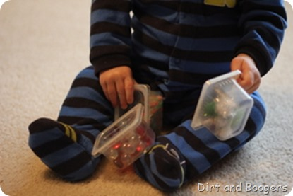 DIY Christmas Discovery Shakers for Babies