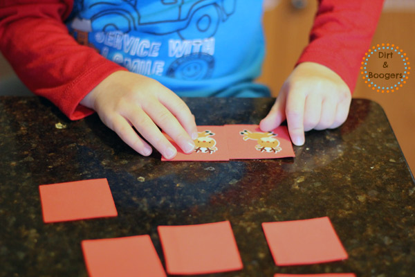 A fun Christmas kids craft that's easy to make and so much fun.