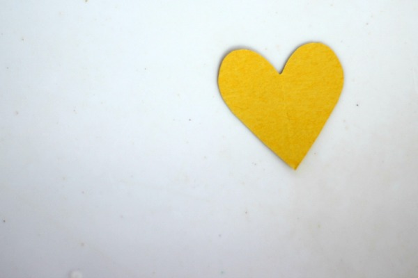 Yellow Heart Reminder