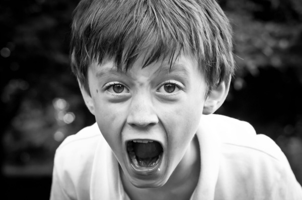 https://messymotherhood.com/wp-content/uploads/2015/01/angry-child-stop-yelling-parenting-tips.jpg