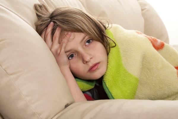 sore throat, sick child, parenting tips