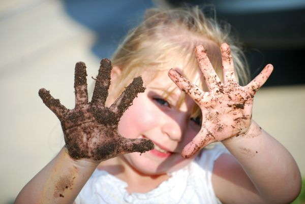 messy play, kids activities, parental stress, anxiety