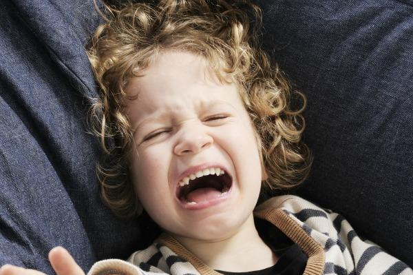 temper tantrums, toddlers, parenting tips, yelling at kids