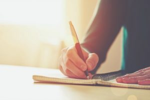 Why Every Mom Should Keep a Gratitude Journal